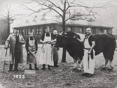 1923 Gründer Heinrich Nieß / Sohn Heinz