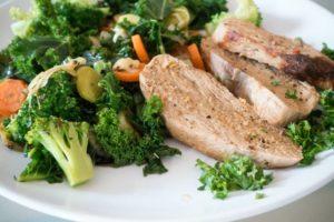Schweinemedaillons von Fleischerei Nieß mit Gemüse
